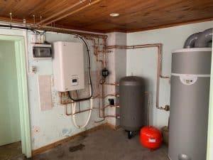 Installation d'une pompe à chaleur LG therma V 16Kw et d'un ballon thermodynamique 270 Litres de marque AUER
